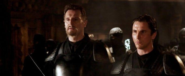 Batman Begins : Liam Neeson et Christian Bale.
