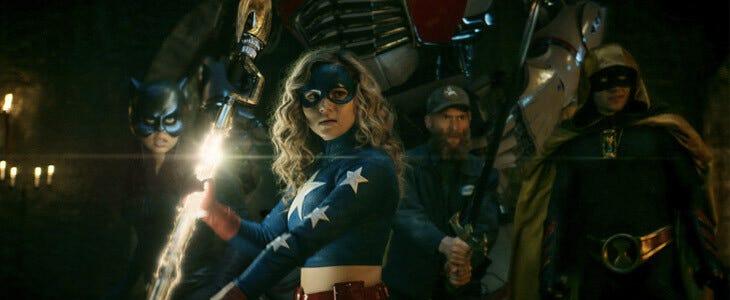 Stargirl a reformé la célèbre Société de Justice d'Amérique.