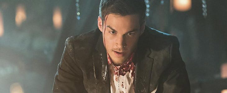 Chris Wood dans la saison 8 de Vampire Diaries