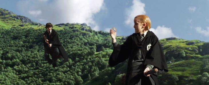 Drago Malefoy et Harry Potter dans le premier volet de la saga