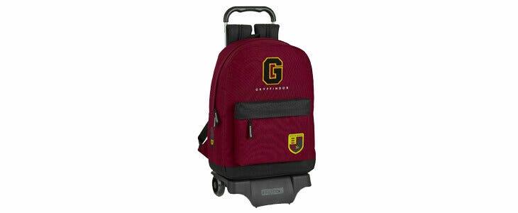 Retrouvez le sac à dos Gryffondor avec chariot sur la boutique officielle.