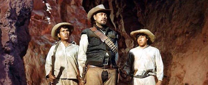 Au centre, Emilio Fernandez (Mapache) dans La Horde sauvage