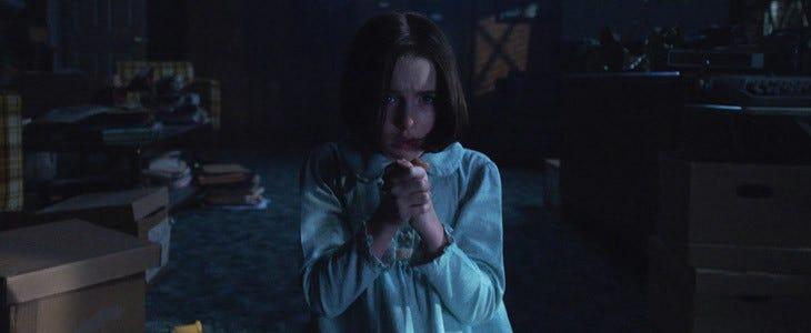 McKenna Grace dans Annabelle 3 – La Maison du Mal