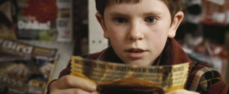 Freddie Highmore dans le rôle de Charlie Bucket, Charlie et la chocolaterie