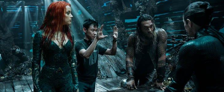 James Wan et les acteurs d'Aquaman sur le tournage du film.