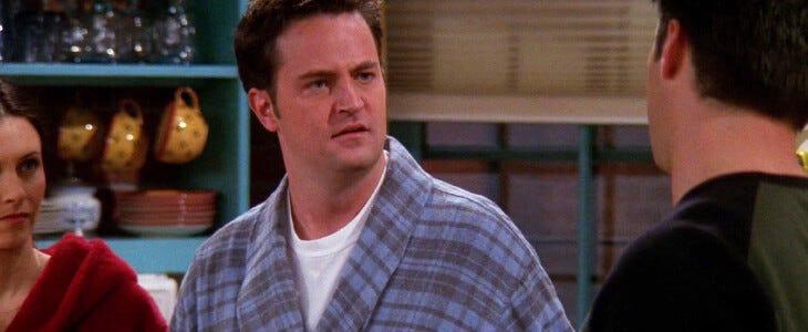 Chandler, dans Friends.