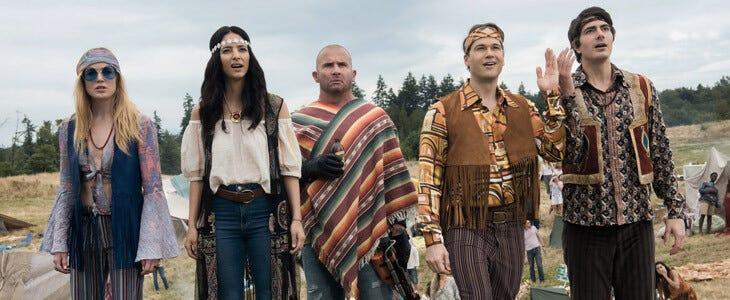 Caity Lotz, Brandon Routh et Dominic Purcell dans la saison 4 de Legends of Tomorrow
