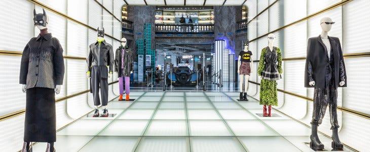 Les Galeries Lafayette des Champs-Elysées, aux couleurs de Batman