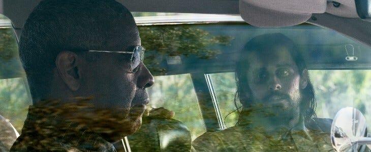 Denzel Washington et Jared Leto dans Une affaire de détails.