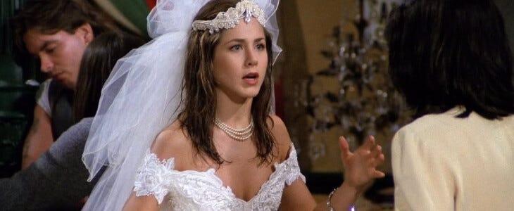 Rachel qui s'échappe de son mariage.