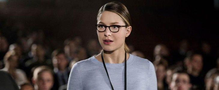Melissa Benoist sans costume dans Supergirl