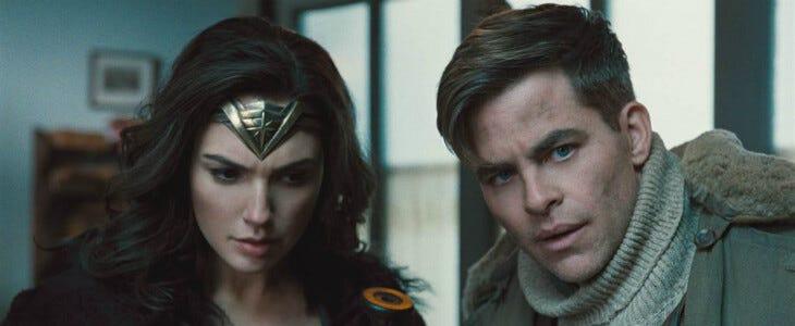 Steve Trevor et Diana Prince, dans Wonder Woman.